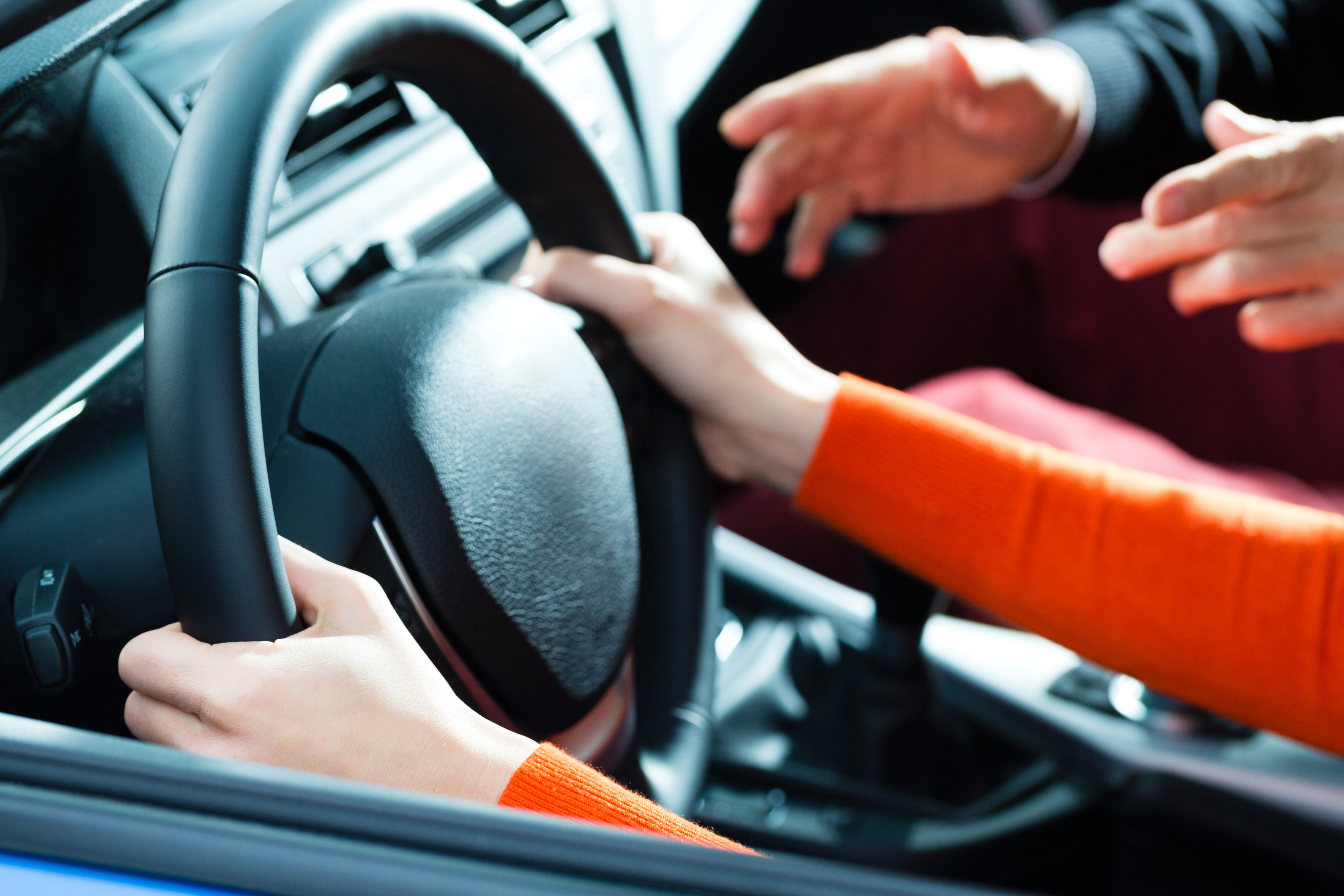 bigstock-Driving-School--Young-woman-s-48056618